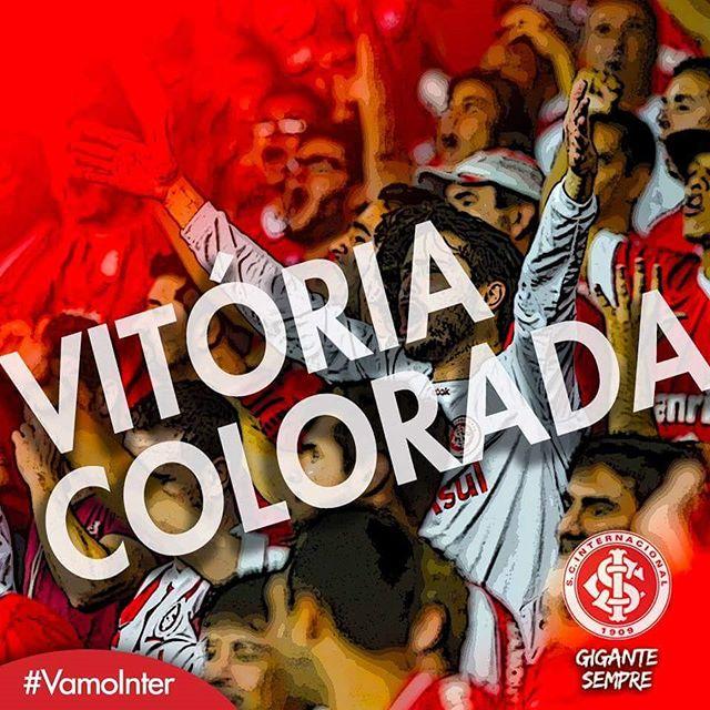 Instagram media scinternacionaloficial - 50min-2T: Termina o jogo!!! Vitória colorada de virada por 3 a 2!!! #VamoInter